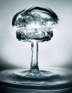 Guerra-porel-agua-300x383