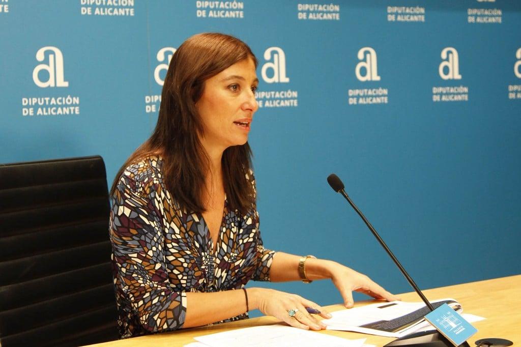 Mónica Lorente diputada Ciclo Hídrico – Diputación de Alicante.