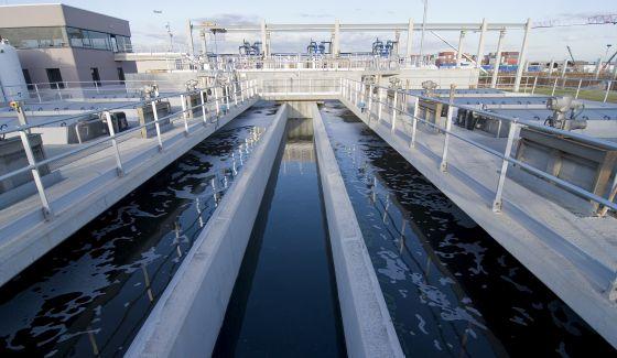 Planta de tratamiento de aguas en El Prat de Llobregat.