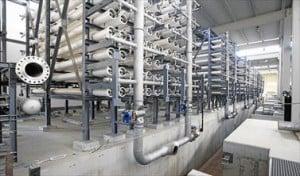 Una de las naves de proceso de la desaladora, que en Moncofa estará finalizada en breve.
