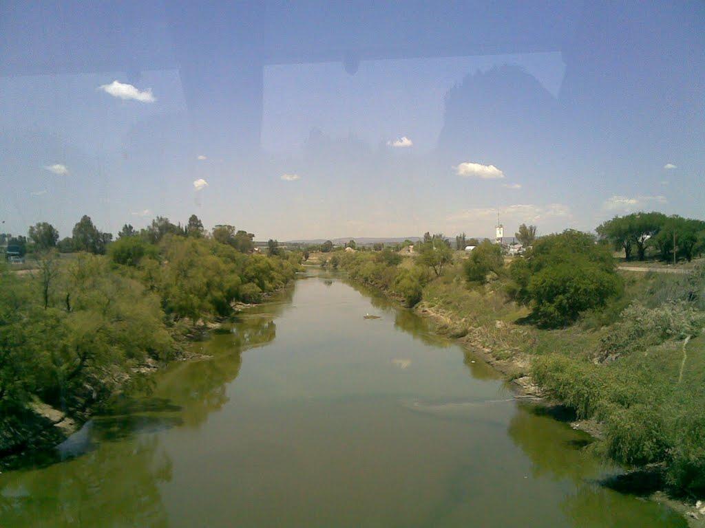 Rio Lerma en Santa Ana Pacueco llegando a La Piedad, Michoacán