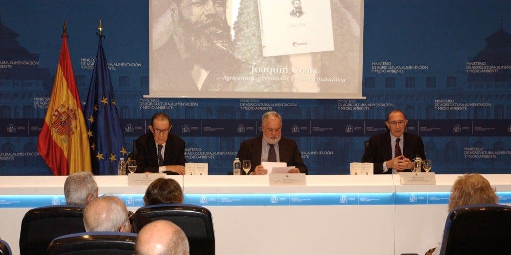Arias Cañete, Juan Velarde y Jaime Lamo de Espinosa_tcm7-269360