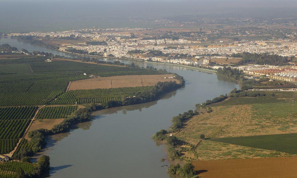 Estuario del Guadalquivir a la altura de Coria del Río. Fuente: El País