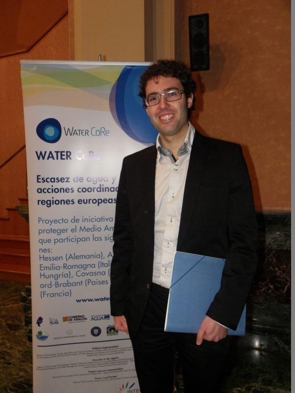 Juan Angulo, en una imagen tomada el Día Mundial del Agua en Zaragoza. DIARIO TERUEL