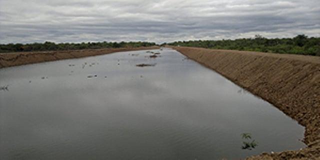 El Ceibal Reservorio Planta de Agua Potable: Antes y después de los trabajos realizados por maquinarias de Vialidad provincial