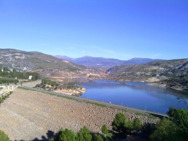 Embalse de Beninar (Almería)