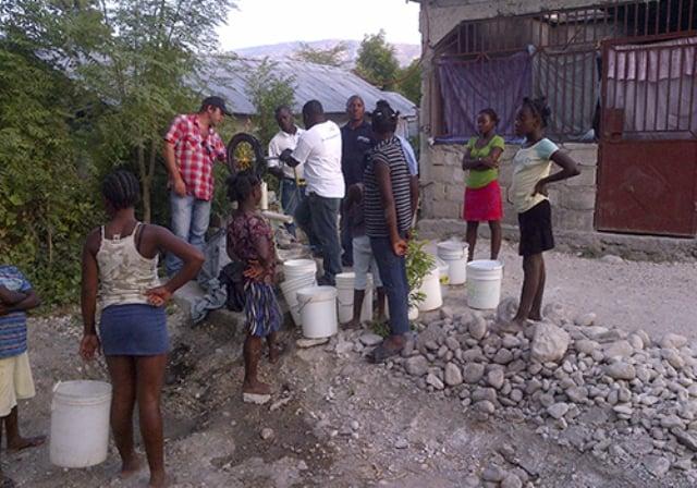 agua-para-haiti-3