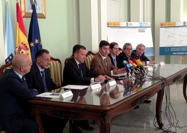 131022 Convenios obras mejora saneamiento y depuración provincia Ourense_tcm7-303434