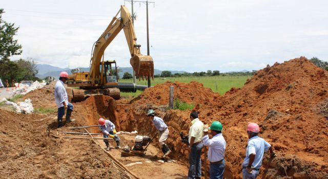 Obras-de-saneamiento-en-Colombia-y-El-Salvador