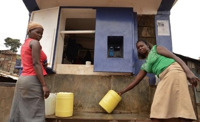 Cajeros de agua en Kenia