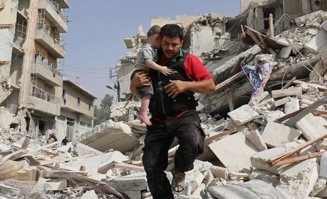 ciudadano-sirio-rescata-a-un-nino