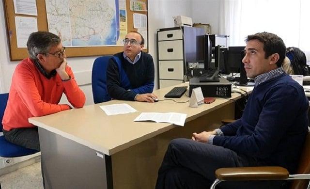 Carlos Castrillo y Fco. Javier Martínez, tecnicos de la Diputación de Almeria, junto a Óscar Líria, diputado de Fomento