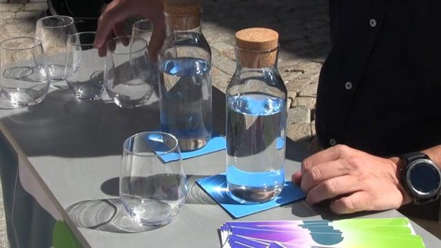 Agua embotellada o del grifo la curiosa campa a progrifo de aguas de c diz - Agua del grifo o embotellada ...