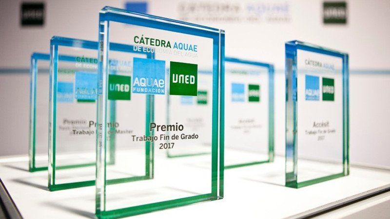 premios-catedra-aquae